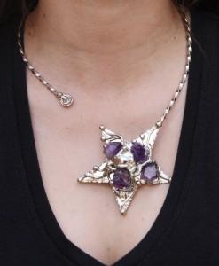 Nilson - Alpaca Star on Collar