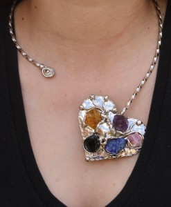 Nilson - Alpaca Heart on Collar